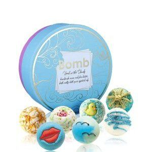 Bomb-Cosmetics-Head-in-the-clouds-creamer-gift-pack